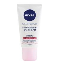 NIVEA Soin de Jour Hydratant Douceur FPS15 50 ML 81201