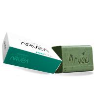 Le Savon Exfoliant à l'aloe vera est fabriqué à partir d'une base végétale extra-douce.