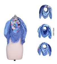 Écharpe femme Bleu Pastel à 4 faces avec des franges