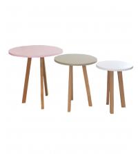Ensemble de Trois tables scandinaves circulaires
