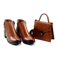 Set LC 3010 – Boots et Sac Simili Cuir – Talon Bloc – Matelassé – Marron